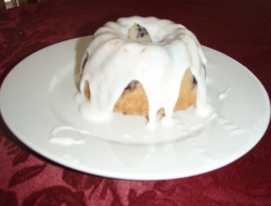 blueberry pound cake picture